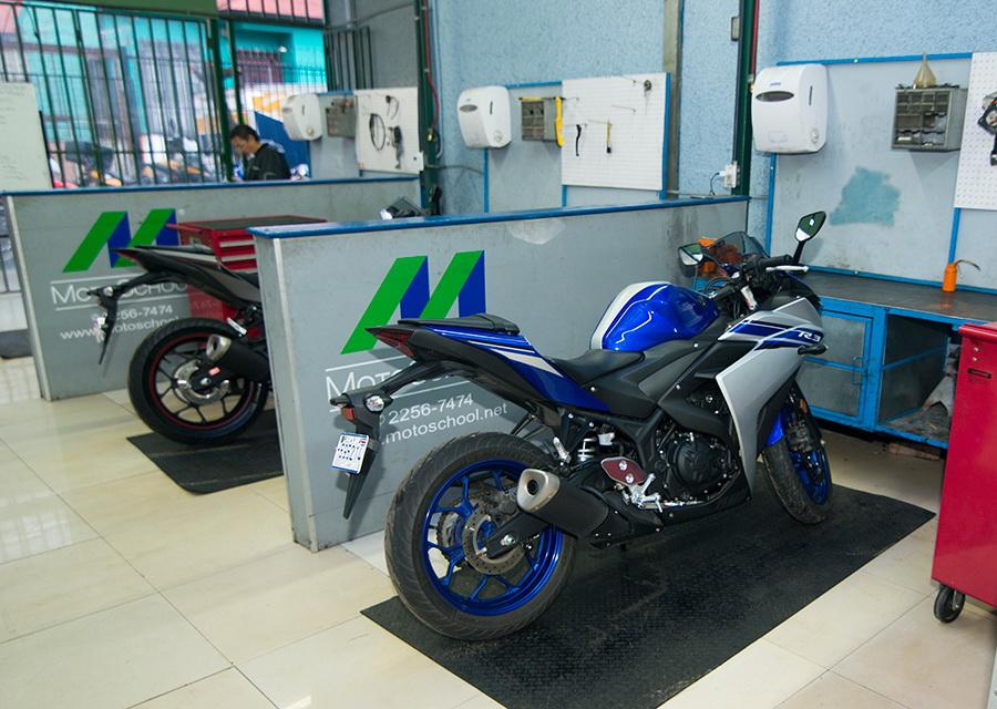 motoschool25